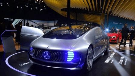 特斯拉、蔚来、奇点正面刚, 北京车展上的新能源汽车盛宴