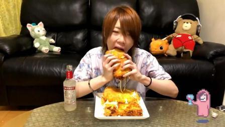 日本大胃王耳机小哥, 自制油炸奶酪, 重4斤, 大口大口吃的真过瘾