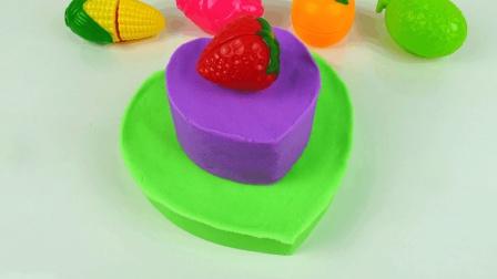 太空沙双层心形草莓蛋糕, 体验手工diy制作的乐趣