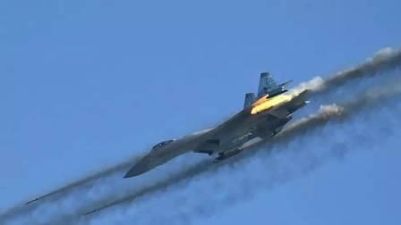 俄罗斯苏-27战斗机甲板起飞执行任务
