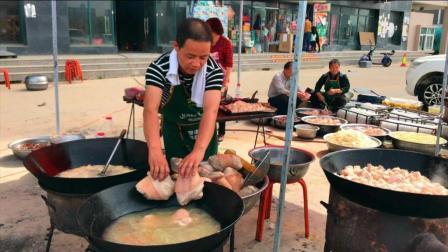 陕西农村结婚, 大厨准备中, 看看这菜硬不硬?