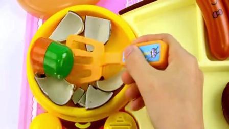 面包超人煎锅做美味午餐过家家儿童玩具, 午餐的种类好多哦, 快来看
