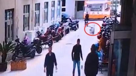 5旬男子从医院7楼坠亡 事发前一天刚做完手术