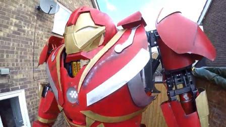 厉害了! 牛人制作可以操控的钢铁侠反浩克装甲
