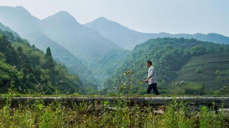 一个杭州老农, 年入百万, 还跟巴菲特的儿子做朋友