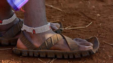 非洲穷人发明了神奇的商品, 准备出口到中国, 有人已笑掉大牙