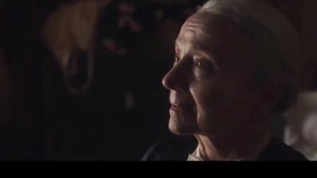 柏林孤影:老太太只跟小伙说了几句话,最终选择了跳楼