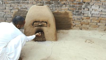 原始技术粘土泥搭建烤炉, 不输现代烤箱, 村民们自制披萨很有食欲