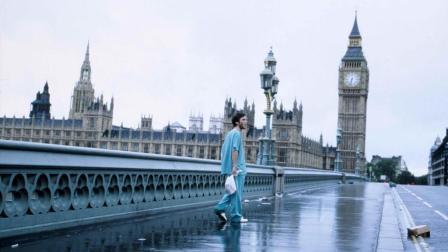 一觉醒来, 他惊讶地发现伦敦成了一座死城
