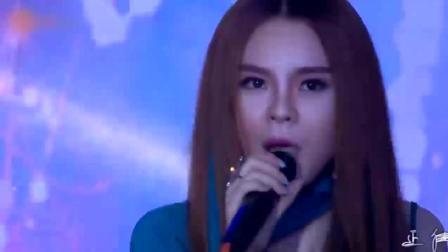 越南女歌手张璇翻唱叶倩文《曾经心痛》, 熟悉的旋律却不一样的语言!