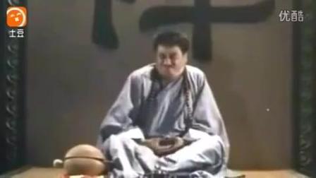 儿时释小龙少林寺搞笑练功视频