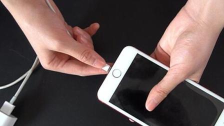 手机充电要注意, 这4种情况缩短手机使用寿命, 以后别再犯了