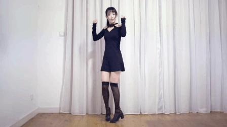 这个舞蹈视频证明, 半截丝袜会显得腿短, 二次元宅舞《girls》片段