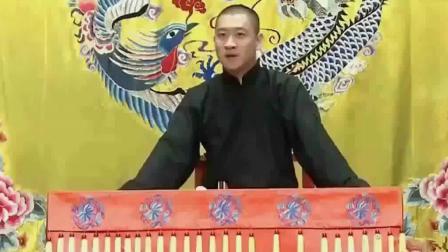 曹云金公开说已经改名叫曹金, 自己没有师傅, 郭德纲回复网友叫好