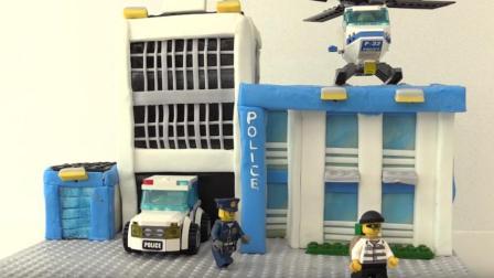 乐高城警察翻糖蛋糕, 把蛋糕做成卡通玩具, 很适合小朋友