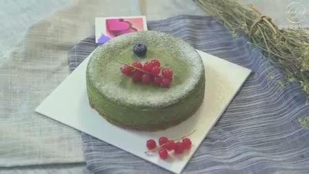 美好的夏天, 来做一个美味的草莓抹茶芝士蛋糕吧