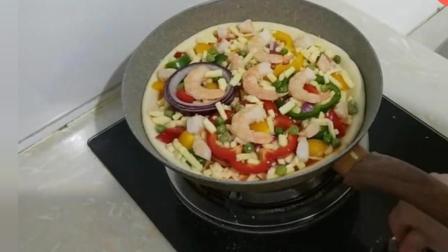 想吃披萨很简单, 在家这样做, 不用烤箱, 做出来的披萨酥脆会拉丝