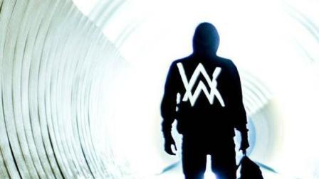 电音神曲《Faded》, 轻松突破10亿播放, 艾兰沃克当年才18岁!