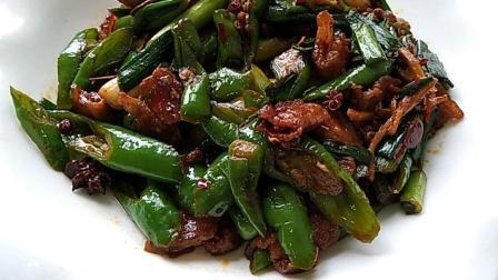川菜大师指点的回锅肉做法, 自己在家试着做, 味道还真是不一样