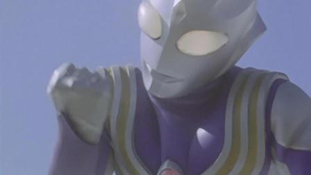 迪迦赤手空拳砸坏外星人的飞船, 终于得胜