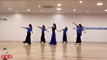现代舞《知不知道》, 老师跳的很美, 蓝色裤子更抢眼