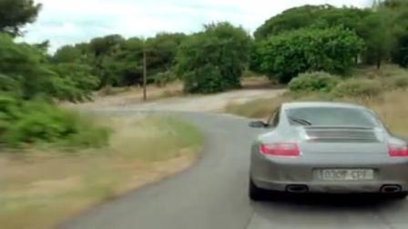 极速追击:这车速配上这激动的旋律,完全一升级版的速度与激情!