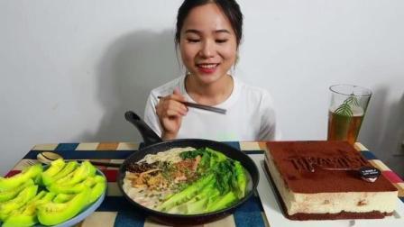 中国吃播, 吃豚骨拉面, 提拉米苏, 绿甜瓜, 最简单好看的吃播