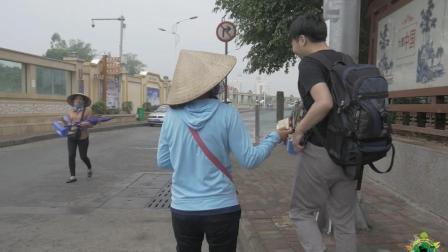 越南香烟一般多少钱一包? 中国小哥在中越边境, 买越南烟