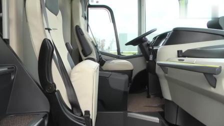双层大客车, 下边这层好浪费, 多加点座椅不行吗?