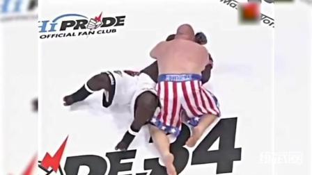 400斤的巨兽级拳手对决! 倒地后靠关节技获胜