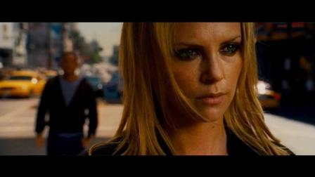 电影《全民超人汉考克》中精彩片段, 超级好看
