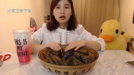 大胃王密子君- 很多网友怀疑我是不是催吐, 今天直播开吃, 打破谣言!