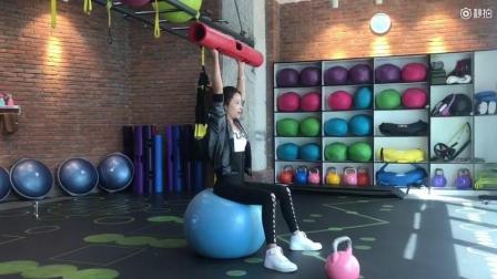 第十七天: 经期也可以做的肩膀训练, 一起来虐虐肩!