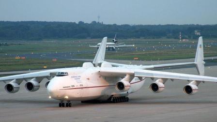 """全球载重量最大的运输机同时也是个""""大胃王"""" 加满油要花160万"""