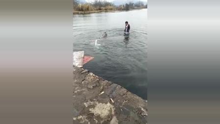 兄弟, 水上不能骑自行车, 回头是岸!
