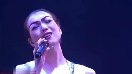 郑秀文演唱的这首歌, 听一次哭一次! 满满的都是回忆!