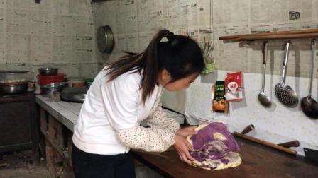 洋芋团团: 农村的紫薯面包, 不添加任何的香料, 看着很想吃