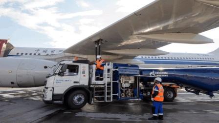 用汽油当燃料, 会给飞机带来什么影响? 今天算是涨知识了