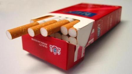 抽烟几十年才知道,烟盒上居然藏有这个小机关,现在知道还不晚