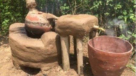 生存哥用泥土手工打造电饭煲, 成功吃到蒸熟的米饭, 开眼了