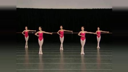 上海舞蹈学校中国舞基本功训练女班第1课例17、中间练习-3五位擦地