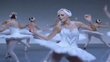 泰勒斯威夫特冠军单曲《shake it off》, 女神自黑无下限, 霸气回应质疑声!