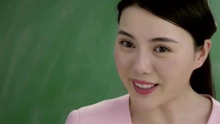 小雨老师带同学们讨论电视的作用, 小萝莉一番话让全班雷倒了!