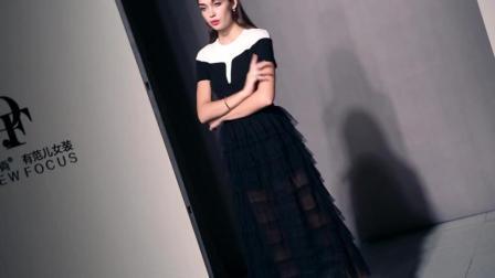 2018夏装新款女装时尚气质圆领拼接黑白T恤+网纱蛋糕裙半裙