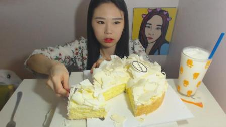 韩国大胃王卡妹, 吃一个白巧克力蛋糕, 真羡慕妹子光吃不胖