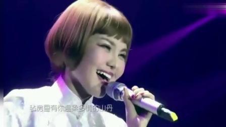 乌兰图雅唱出国宝级的歌声, 给你见证不一样的美