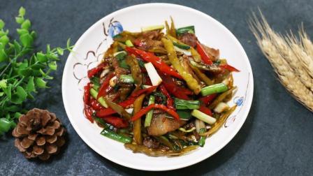 湘菜厨师长: 教你一道酸辣椒炒肉, 地道的家常菜, 看这都流口水