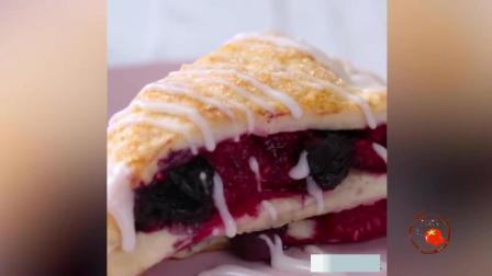一分钟教你做美味可口的曲奇饼干, 浓浓的巧克力配上可口的椰肉