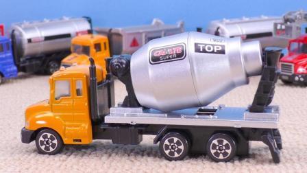 工程车玩具视频: 水泥搅拌车运输车合金汽车儿童汽车玩具