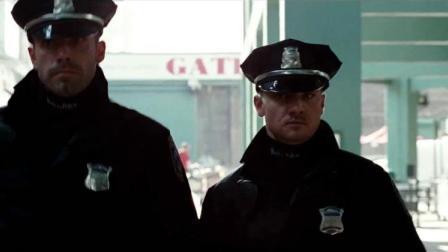 城中大盗:劫匪抢劫套路深,假扮制服真,现金室里钱太多